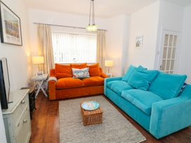Breeze Cottage - Anglesey - 1040692 - thumbnail photo 18