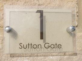 1 Sutton Gate - Dorset - 1042446 - thumbnail photo 2