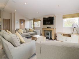 Lodge 75 at Riviera Bay - Devon - 1043958 - thumbnail photo 3