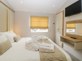 Lodge 75 at Riviera Bay - Devon - 1043958 - thumbnail photo 17