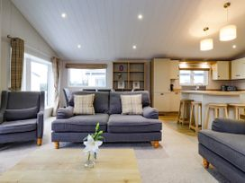 Lodge BR56 at Pevensey Bay - Kent & Sussex - 1043960 - thumbnail photo 5