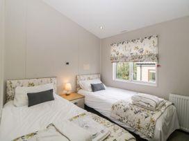 Lodge 69 at Riviera Bay - Devon - 1044084 - thumbnail photo 21
