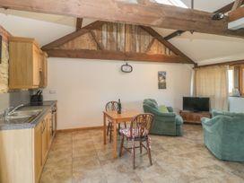 The Calf Barn - Somerset & Wiltshire - 1046659 - thumbnail photo 3