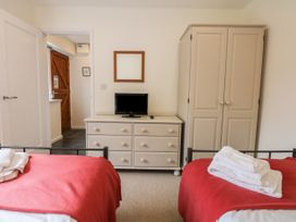 Cholwell Barn Apartment - Devon - 1048109 - thumbnail photo 18