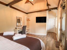 The Five Bells Inn - Norfolk - 1049236 - thumbnail photo 7