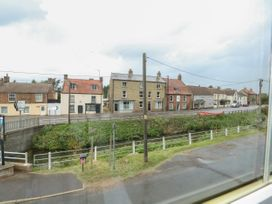 The Five Bells Inn - Norfolk - 1049236 - thumbnail photo 29
