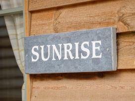 Sunrise Stable - Lincolnshire - 1050043 - thumbnail photo 3