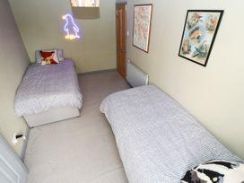 26 Bargate - Whitby & North Yorkshire - 1050415 - thumbnail photo 13
