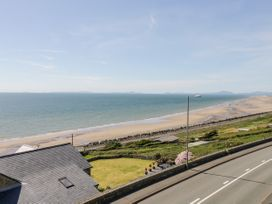 The Lookout - North Wales - 1050514 - thumbnail photo 28