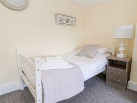 10 Sandhurst Avenue - Lake District - 1050788 - thumbnail photo 13