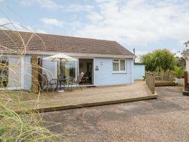 Buddleia Cottage - Isle of Wight & Hampshire - 1051305 - thumbnail photo 1