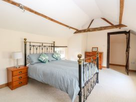 Waterloo Place Cottage - Norfolk - 1052257 - thumbnail photo 14