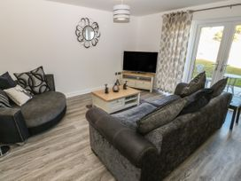 4 Parc Delfryn - Anglesey - 1052924 - thumbnail photo 2