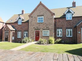 Buck Place - Whitby & North Yorkshire - 1053434 - thumbnail photo 1
