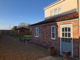 Sunnyside Cottage - Lincolnshire - 1053634 - thumbnail photo 23