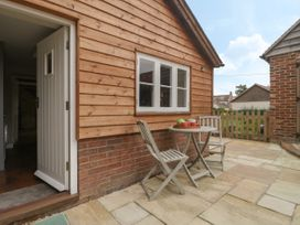 The Nest at the Round House - Somerset & Wiltshire - 1055176 - thumbnail photo 4