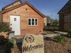 The Nest at the Round House - Somerset & Wiltshire - 1055176 - thumbnail photo 2