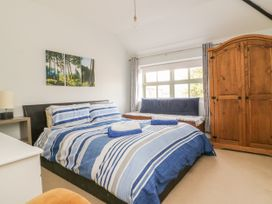 25A Beckside - Whitby & North Yorkshire - 1056337 - thumbnail photo 7