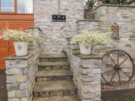 Barn Apartment 1 - South Wales - 1056457 - thumbnail photo 12