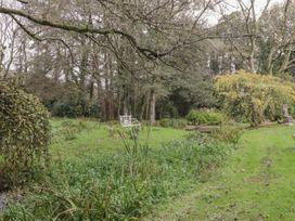 Barn Apartment 1 - South Wales - 1056457 - thumbnail photo 24