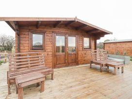 Owl Lodge - Kent & Sussex - 1056631 - thumbnail photo 3
