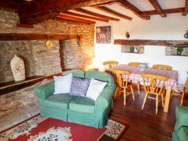 April Cottage - Herefordshire - 1056742 - thumbnail photo 4