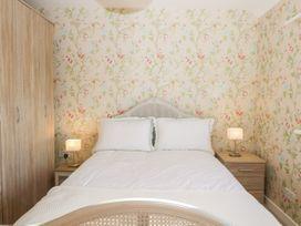 Walnut Cottage - Somerset & Wiltshire - 1057211 - thumbnail photo 17