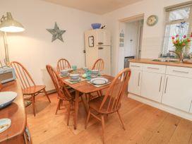 2 Linden Terrace - Isle of Wight & Hampshire - 1057222 - thumbnail photo 9
