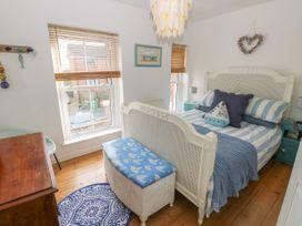 2 Linden Terrace - Isle of Wight & Hampshire - 1057222 - thumbnail photo 13