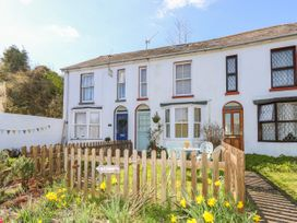 2 Linden Terrace - Isle of Wight & Hampshire - 1057222 - thumbnail photo 2