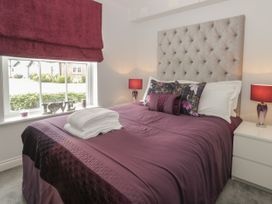 12 Perran Court - Whitby & North Yorkshire - 1057246 - thumbnail photo 11