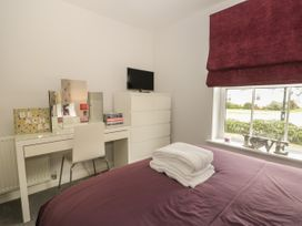 12 Perran Court - Whitby & North Yorkshire - 1057246 - thumbnail photo 13
