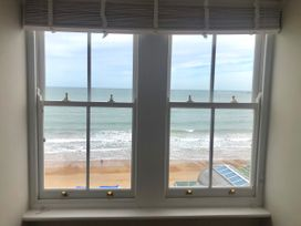 The Beach House - Dorset - 1057718 - thumbnail photo 42