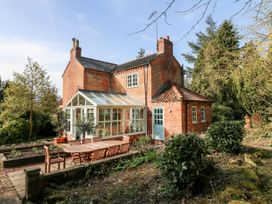 Sunny Cottage - Lincolnshire - 1058129 - thumbnail photo 32