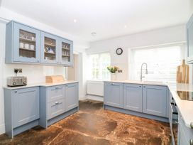 Shepherds Cottage - Somerset & Wiltshire - 1058446 - thumbnail photo 10