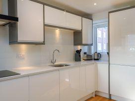 Harbourside Haven Apartment 1 - Dorset - 1059262 - thumbnail photo 8