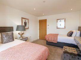 Harbourside Haven Apartment 1 - Dorset - 1059262 - thumbnail photo 16