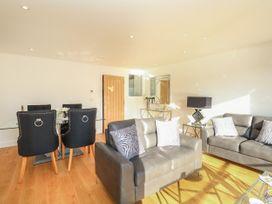 Harbourside Haven Apartment 2 - Dorset - 1059263 - thumbnail photo 4