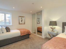 Harbourside Haven Apartment 2 - Dorset - 1059263 - thumbnail photo 14