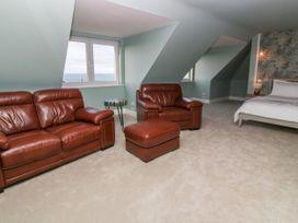 Top Floor, Gweal-an-Drea - Cornwall - 1059503 - thumbnail photo 7