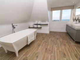 Top Floor, Gweal-an-Drea - Cornwall - 1059503 - thumbnail photo 18