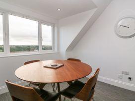 Top Floor, Gweal-an-Drea - Cornwall - 1059503 - thumbnail photo 13