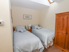 Top Farm Lodge (formerly The Goat's Shed) - Shropshire - 1059787 - thumbnail photo 12