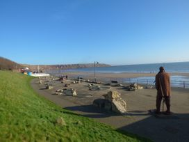 A Wave From It All - Whitby & North Yorkshire - 1059884 - thumbnail photo 15