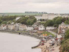 A Wave From It All - Whitby & North Yorkshire - 1059884 - thumbnail photo 21