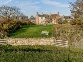 Manor Farm House 6 - Cotswolds - 1060309 - thumbnail photo 1