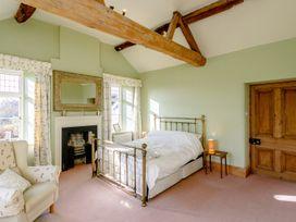 Manor Farm House 6 - Cotswolds - 1060309 - thumbnail photo 8