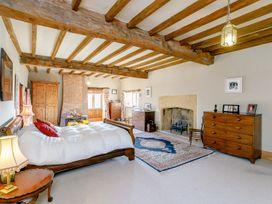 Manor Farm House 6 - Cotswolds - 1060309 - thumbnail photo 14
