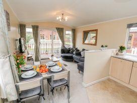 Josi Lodge - Whitby & North Yorkshire - 1060820 - thumbnail photo 8