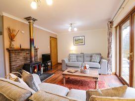 Fersit Log Cottage - Scottish Highlands - 1061326 - thumbnail photo 5
